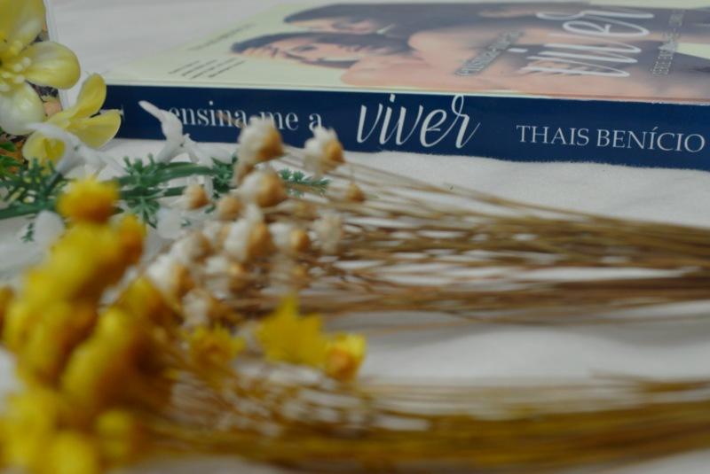 ensina-me-a-viver-thais-benicio-minha-vida-literaria1