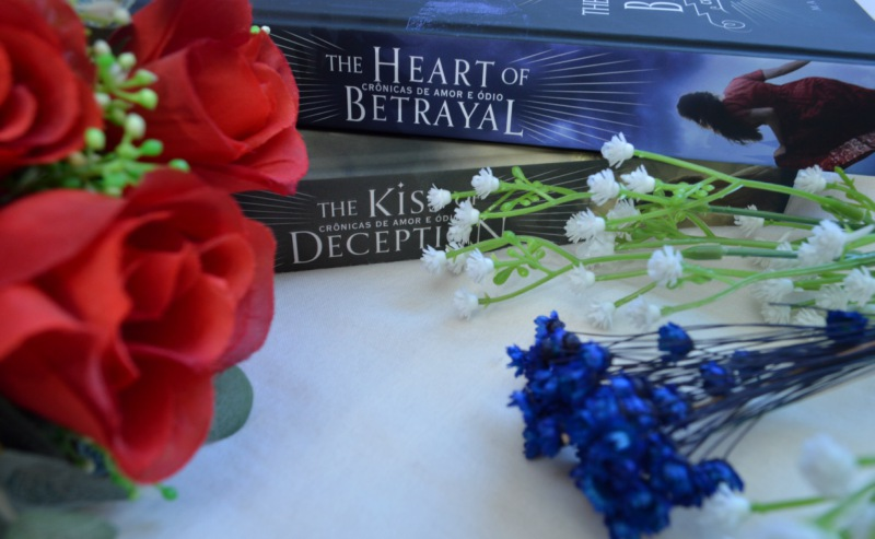 the-heart-of-betrayal-mary-e-pearson-minha-vida-literaria2