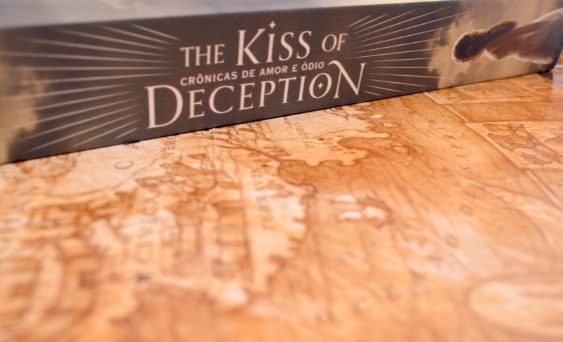 the-kiss-of-deception-mary-e-pearson-minha-vida-literaria2